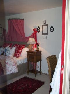 2nd floor guest room with one double bed that can be made into two small twins