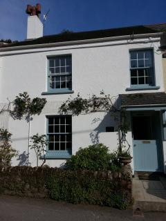 75 Creekside road ,Noss mayo, Devon.