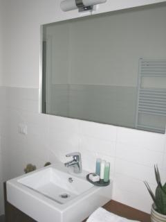 OnSuite Toilet - Bedroom (1)
