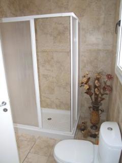 bathroom - no bath, shower only