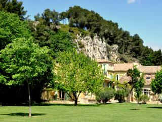 La Bergerie 3 Bedroom air conditioned Villa on large private estate