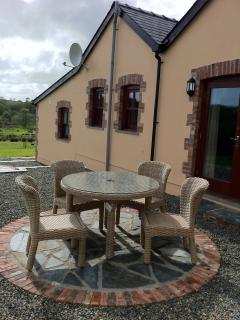 patio area and garden furniture