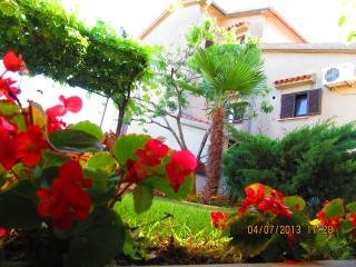 Apartment for 3+2 persons, 250 m from the sea