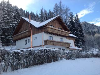 Two Bedroom Apartment with Balcony, Haus im Ennstal