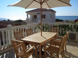 Laria Villa with free wifi