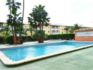 APARTMENT 100M FROM THE BEACH