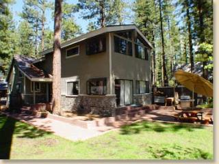 Lake Tahoe Family Getaway Near Sandy Beach,Skiing, Tahoe Vista