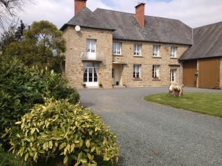 Le Clos Castel B&B Sword En-suite room, Carentan