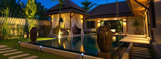 Pool & Garden at night
