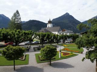Strobl village centre