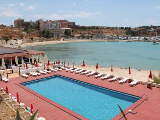 FRONT LINE APARTMENT PORT ADRIANO
