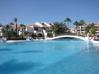 PoolviewVilla, ParqueSantiago3