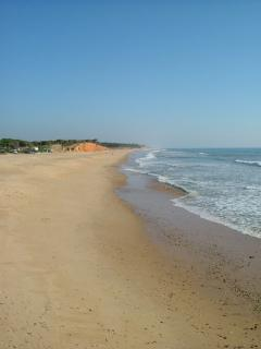 Quarteira Beach - 5 minute walk away