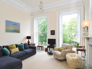Saxe Coburg Apartment, Edimburgo