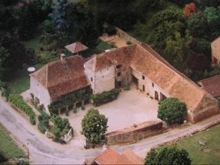 Charming 17th Century Country House, Lournand