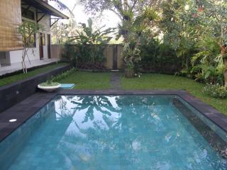 Pondok Puspa Bali Bungalow Getaway