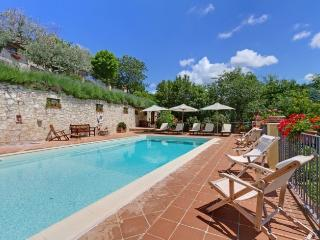 CASA PISCINA : KATE MOSS, THE MODEL, STAYED HERE, Spoleto
