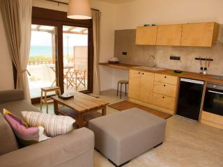 HORIZONTE seafront suites, Kissamos