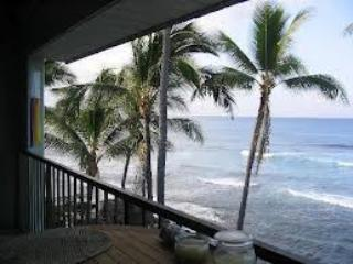 Oceanfront Kona Condos...At Water's Edge!, Kailua-Kona