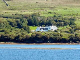 Fuchsia - apartment beside Connemara National Park