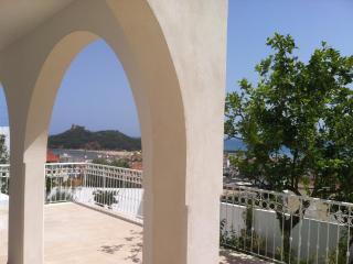 Dar Mina, belle vue, jardin, mer, centre ville, Tabarka