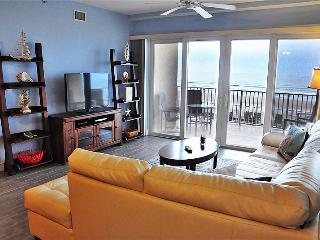 July/August $pecials - Sanibel Condominium -Oceanfront - 3BR/3BA - #105