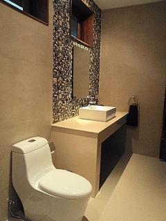 Bedroom 3 attached shower room