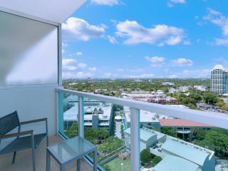 Sonesta Studio w Bay Views – Sleeps 4!!, Miami