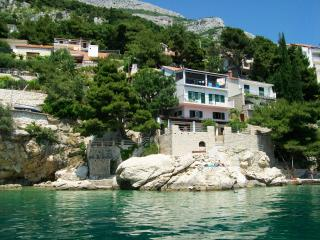 Split rental beach Villa, Omis