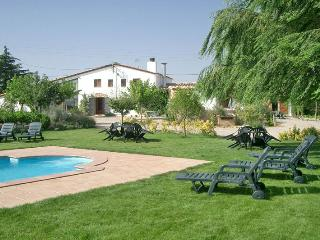 Charming Villa: 7BR, 7BA, Pool, great surroundings, Sils