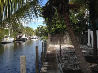 Solar house, 4Br, 3Ba, Sailboat Dockage, Dome Sweet Dome!, Big Pine Key