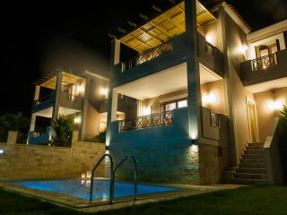Villa Nature,Spacious and stylish, family villa, Adele
