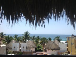 Casa Mihale-Sweeping Ocean Vistas New Beach Home, San Agustinillo