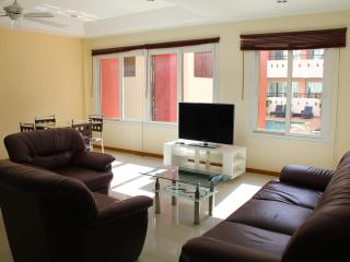 1BR apartment with swimming pool, well located in Pattaya