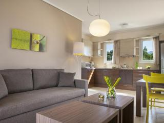 Eucalyptus Apartments - Hyacinth