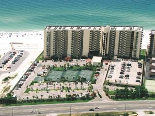 BEST BEACH OCEANFRONT VIEWS! 5-STAR AMENITIES! Rated #1 Travel review SPECIALS!!