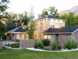 Canyon Hideaway Estate-Near Alta, Snowbird, Bright