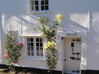 Quality 2 bedroom cottage in wonderful location, Sidbury