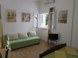 Green Apartment Promajna