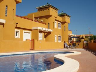 IP01- 3 bed 1 bath villa, shared pool, Registered with Murcia Tourist Board