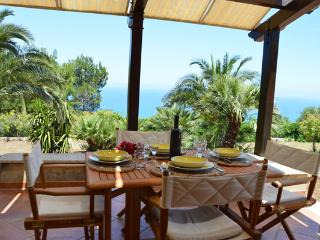 VILLA DEL DRAGO with garden and sea view, Scopello