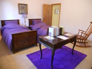 Best location ! 2 room apt. in central jerusalem, Jerusalem