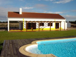 VILLA CALMO  LUXURY WITH PRIVATE POOL, Odemira