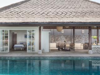 Villa Karang Putih - The Ocean View Wedding Villa