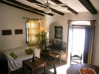 Charming studio apartment in white village, Jimena de la Frontera