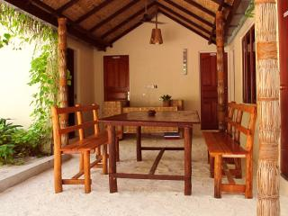 Thundi Guest House with Restaurant, Fulidhoo