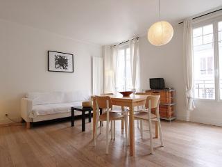 Chez Surcouf, amazing apartment near Eiffel Tower.