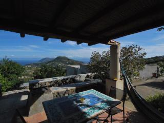 Sea view Lipari cottage wifi