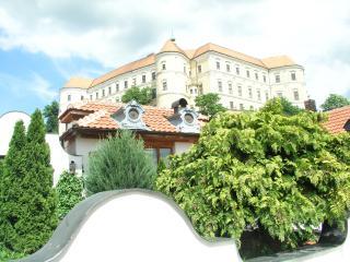 Historical summer house, Breclav