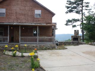 Twin Pines Lodge, Mountain View Akansas